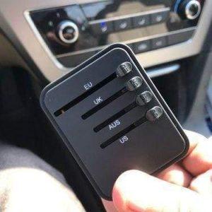 Travel adaptor power plugs